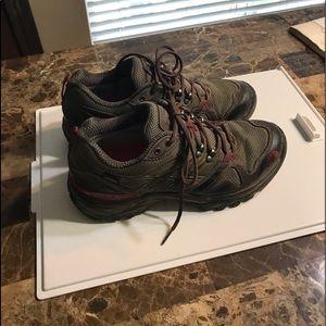 Northface men's hiking shoes